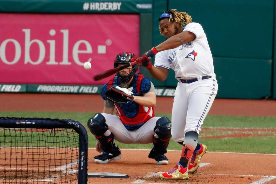 Vladimir Guerrero Jr., Toronto Blue Jays, hits during