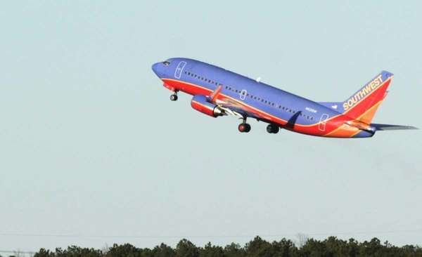 A Southwest Airline flight at MacArthur Airport in