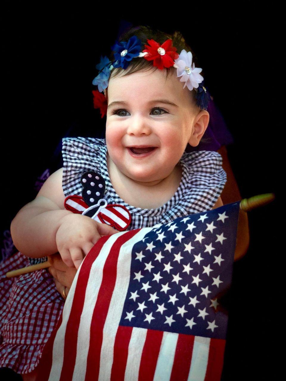 Patriotic Madeline Fried, 10 months of Dix Hills,