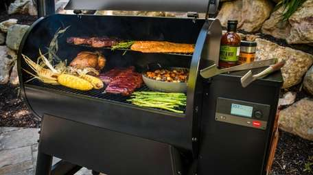 Traeger Grills' Pro 780 barbecue grill lets you
