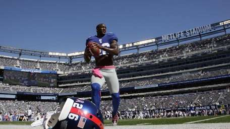New York Giants free safety Antrel Rolle (26)