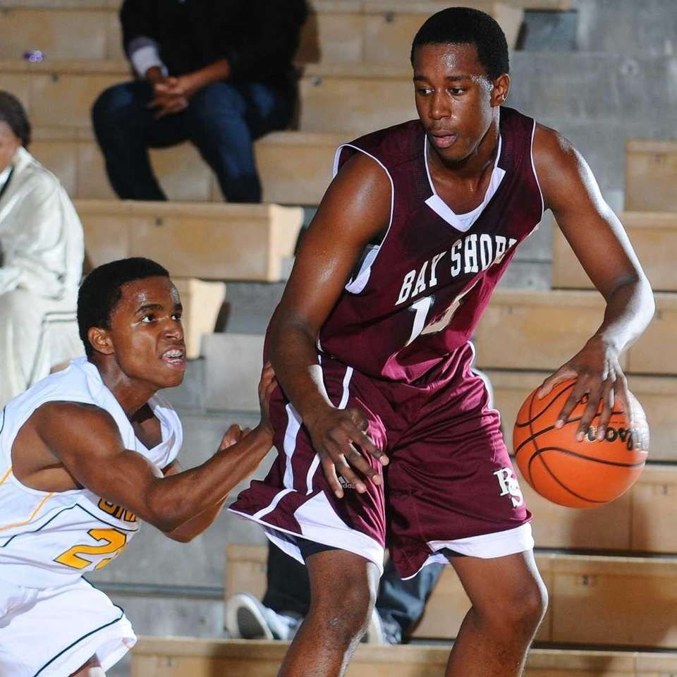 Bay Shore High School #15 Jason Wright, right,