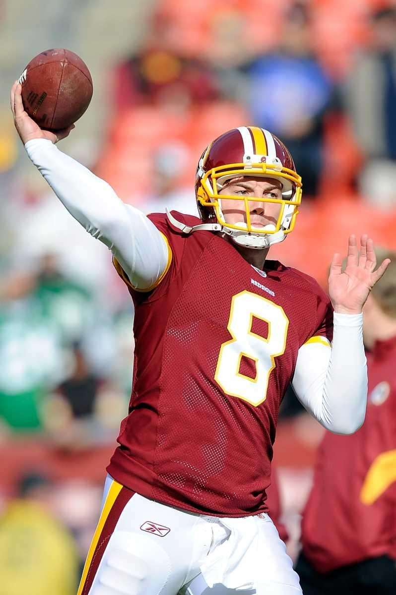 Rex Grossman of the Washington Redskins warms up