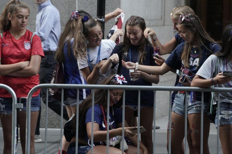 U.S. women's soccer team fans get ready on