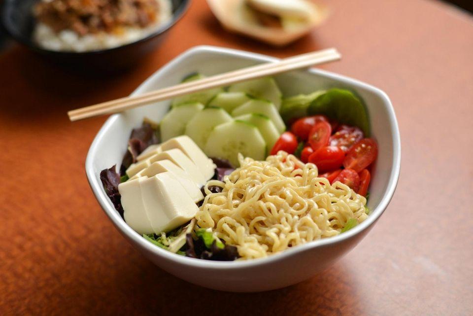 Tofu salad with vegan ramen noodles, silky tofu,