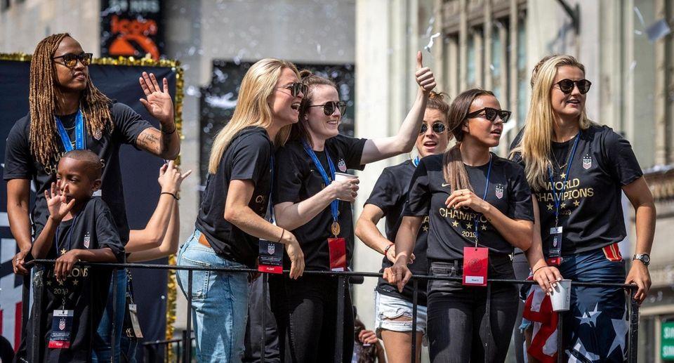 Members of the U.S. Womenâ€