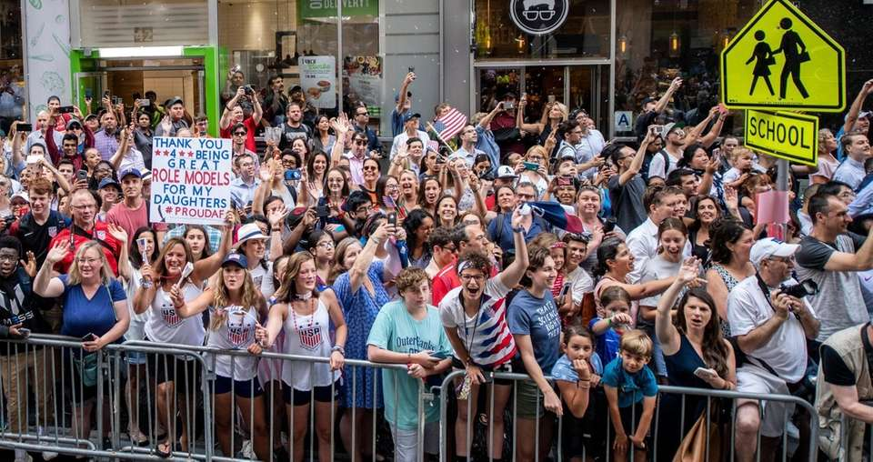 Large crowds line the streets during New York's