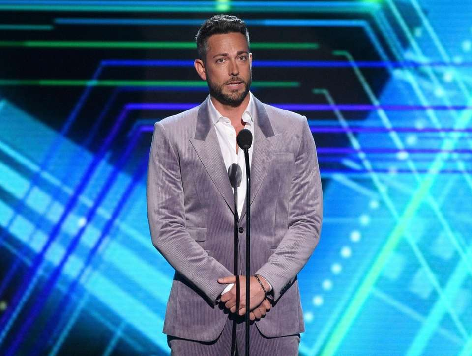 Zachary Levi presents the best moment award at