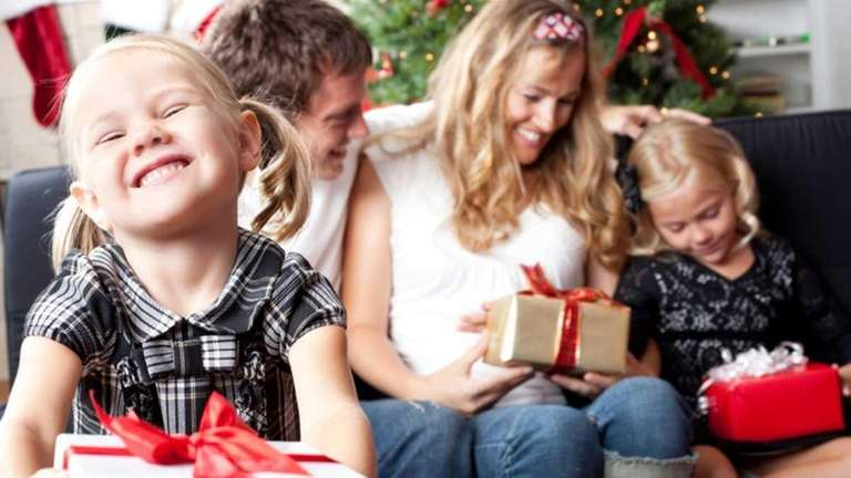 Long Island families share their favorite holiday traditions.