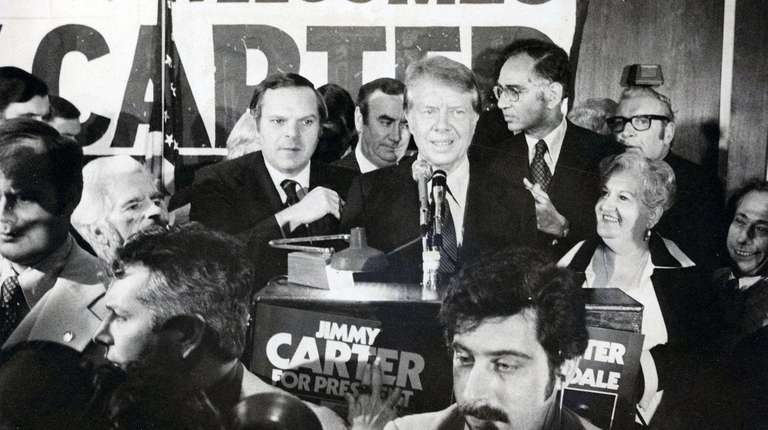 Jimmy Carter addresses the Queens County Democratic Party