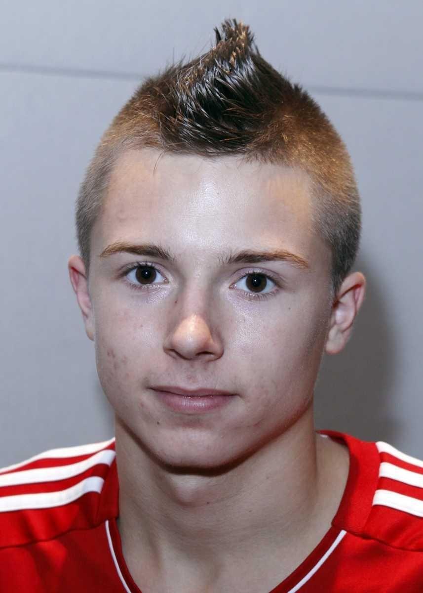 JONATHAN KOWALCYZK Wheatley, Forward, senior Kowalczyk had 11
