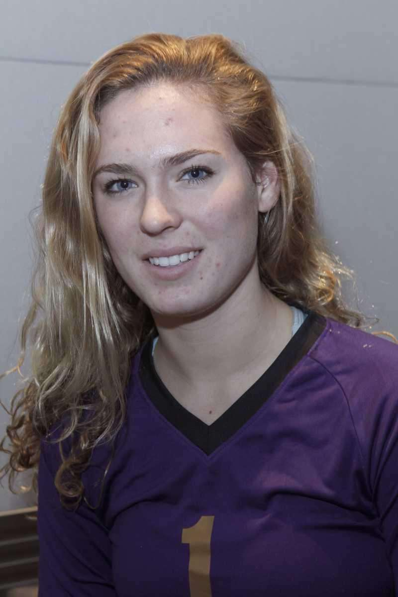 KAYLA MERGL Sayville, Setter, senior A two-time All-County