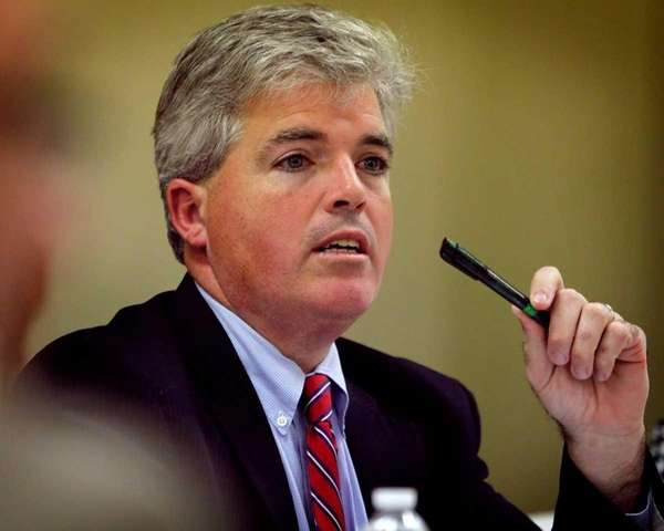 Suffolk County Executive Steve Bellone speaks to Chamber