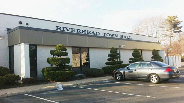 Riverhead Town Board to vote on adopting climate pledge to cut greenhouse emissions