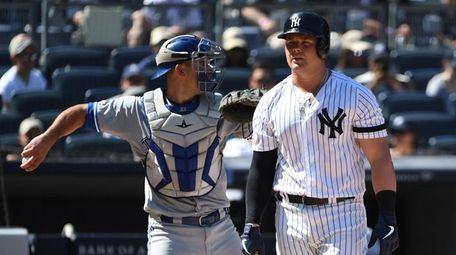 New York Yankees first baseman Luke Voit returns