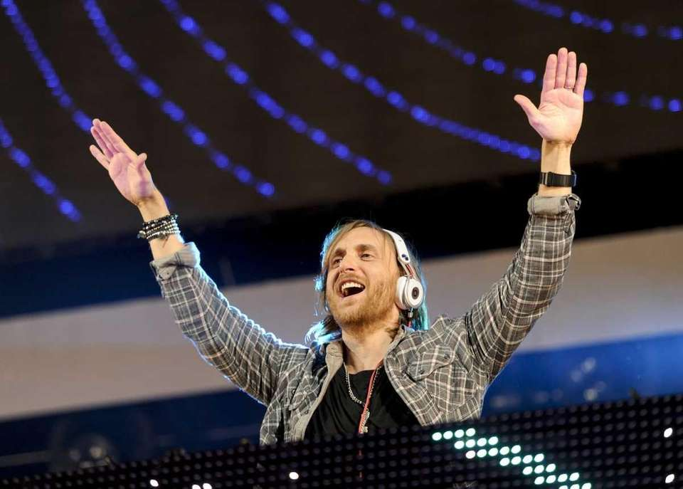 DJ David Guetta performs at Z100's Jingle Ball