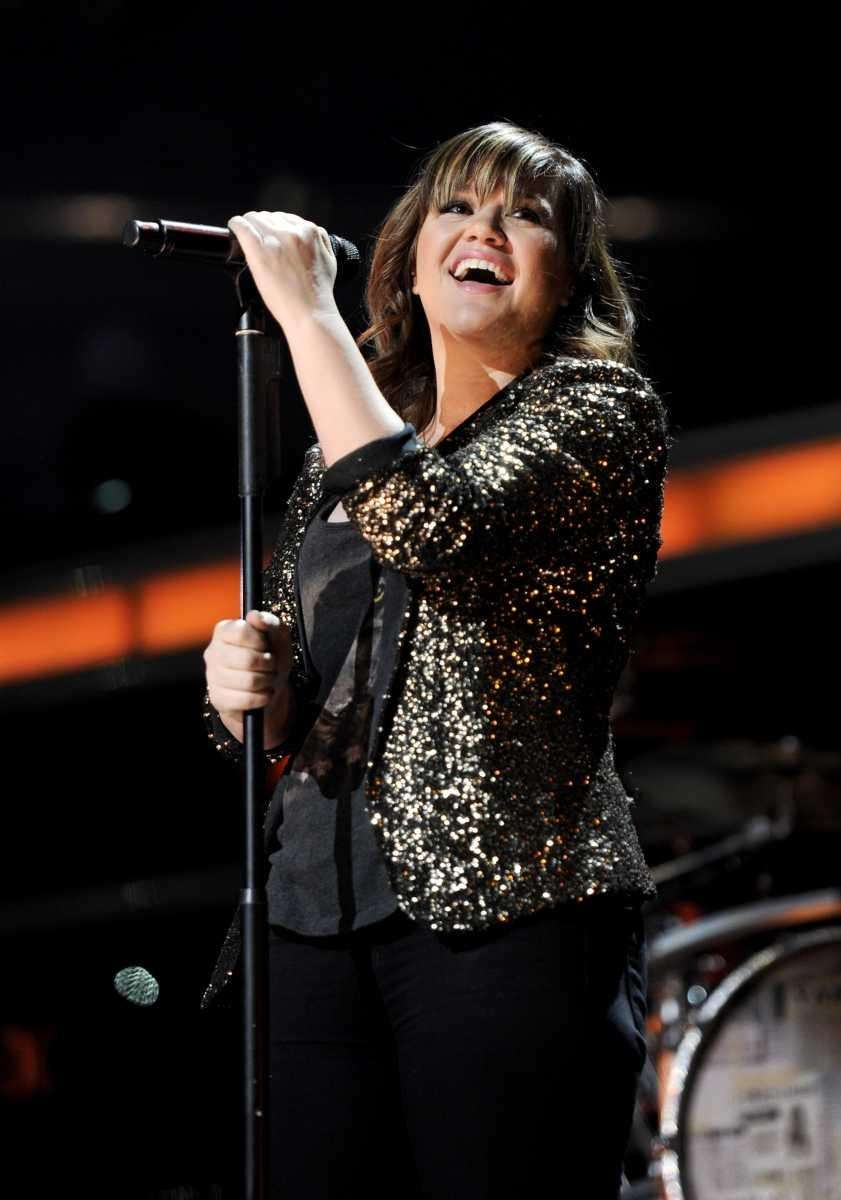 Singer Kelly Clarkson performs at Z100's Jingle Ball