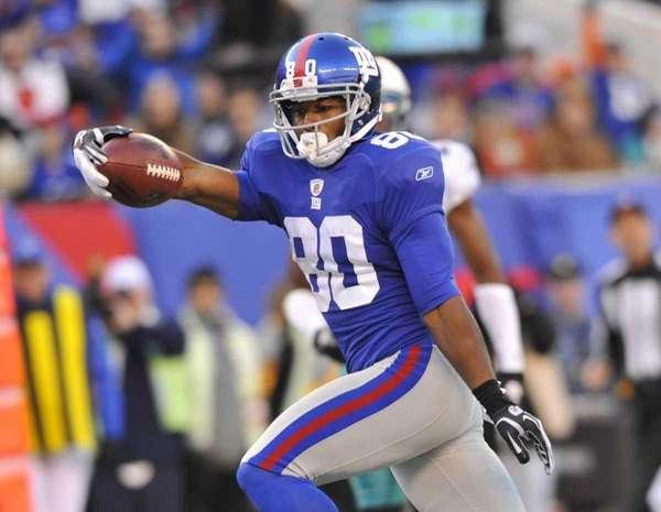 Victor Cruz scores a late fourth quarter touchdown