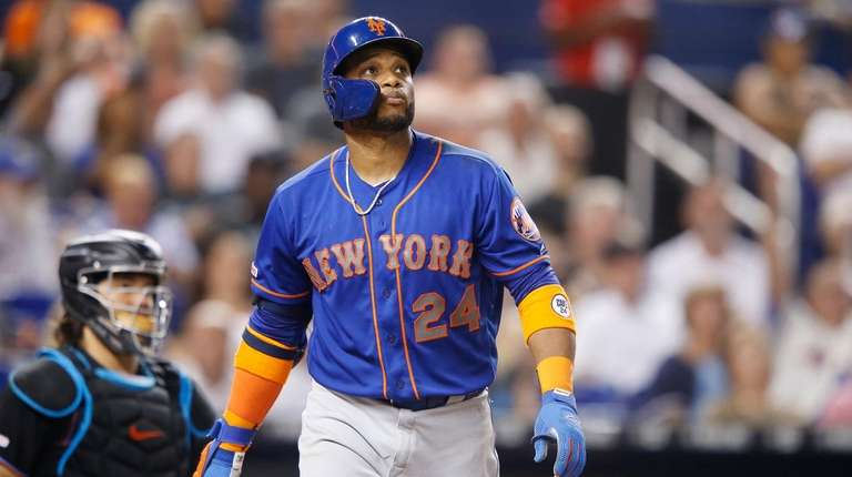 Robinson Cano of the New York Mets watches