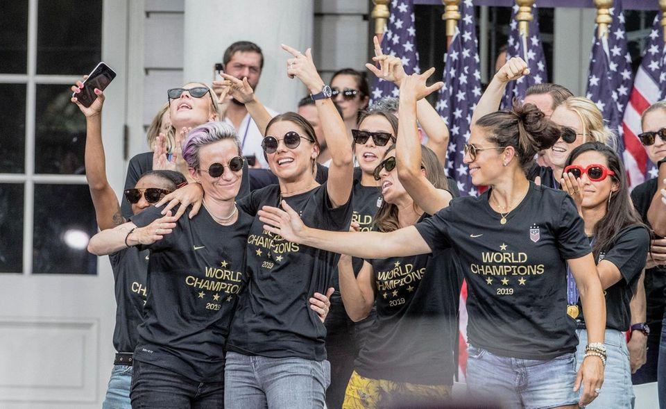 Members of the U.S. women's soccer team celebrate