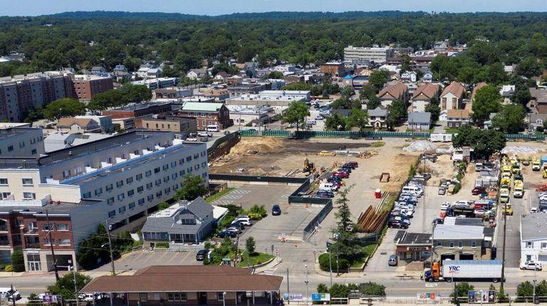 Westbury rezoning plan would turn industrial area near LIRR station into neighborhood