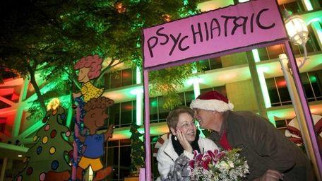Jim Jordan kisses his wife Linda after the
