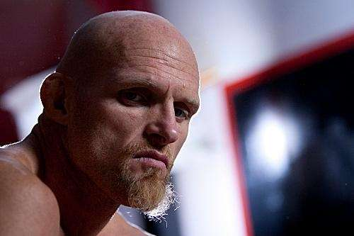Keith Jardine takes a break from training in