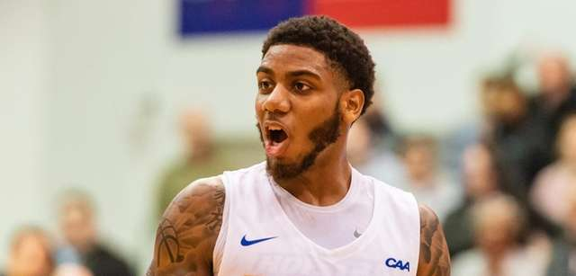 Hofstra's Wright-Foreman signs deal with Jazz