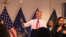 New York City Mayor Bill de Blasio and