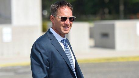 Former Lend America executive Michael Ashley leaves federal