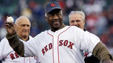 "Boston Red Sox great Elijah ""Pumpsie"" Green throws"