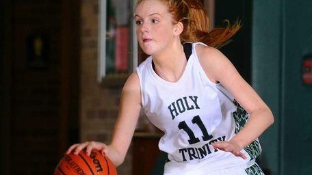 Holy Trinity High School point guard #11 Kelly