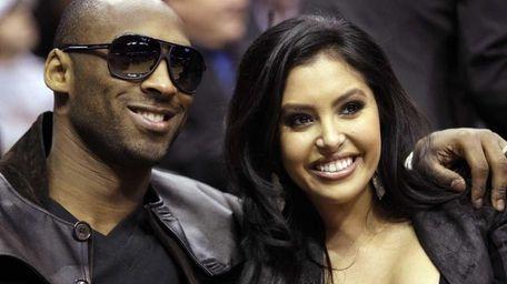 Kobe Bryant and his wife, Vanessa, in Dallas.