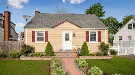 This Uniondale Cape is listed for $479,000.