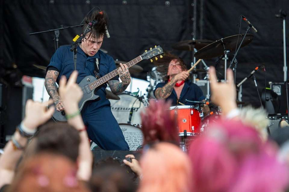 Frank Iero and Future Violents perform at the