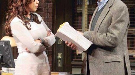 """Rosie Perez and David Hyde Pierce in """"Close"""