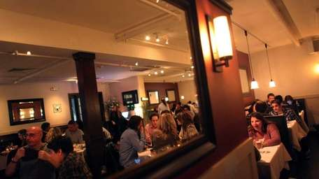 11. Cedar Creek American Bar & Grill, Glen