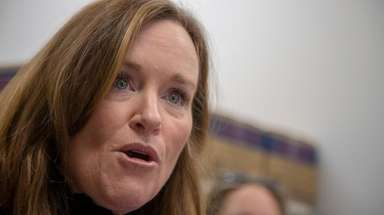 Rep. Kathleen Rice (D-Garden City) speaks on Jan.
