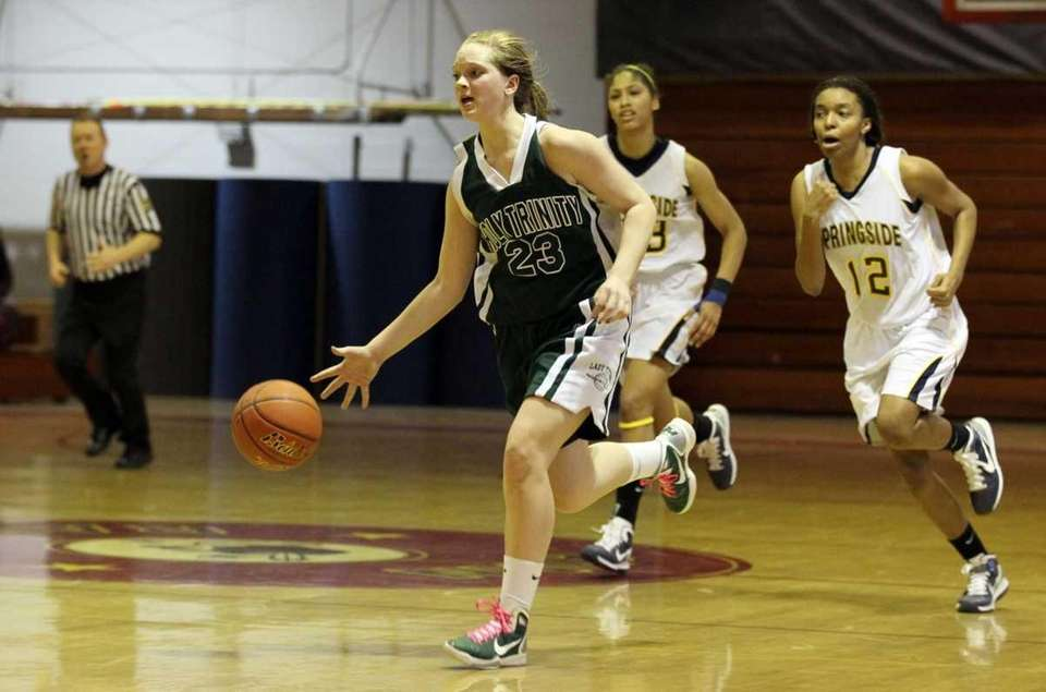 KATIE POPPE, GUARD, SENIOR Holy Trinity Poppe is