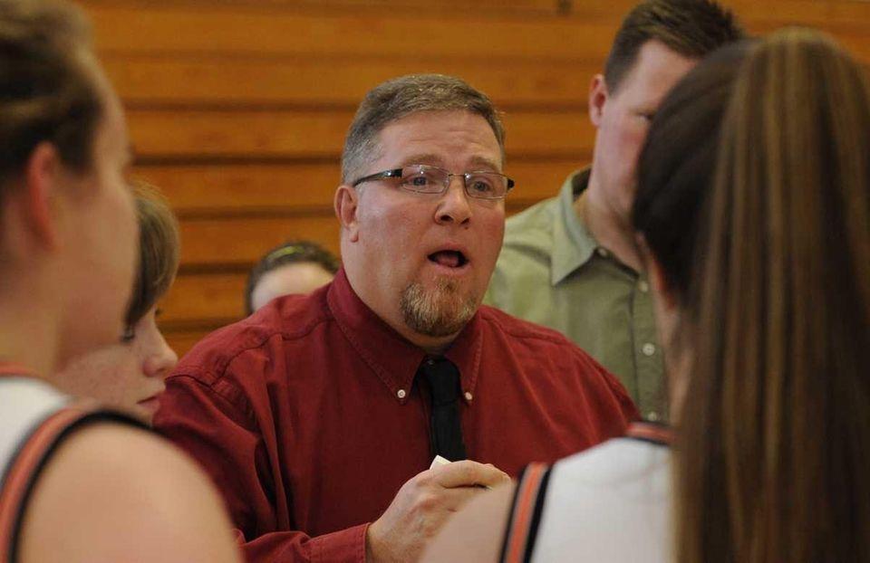 Hicksville head coach Rich Hinnerschietz directs his team