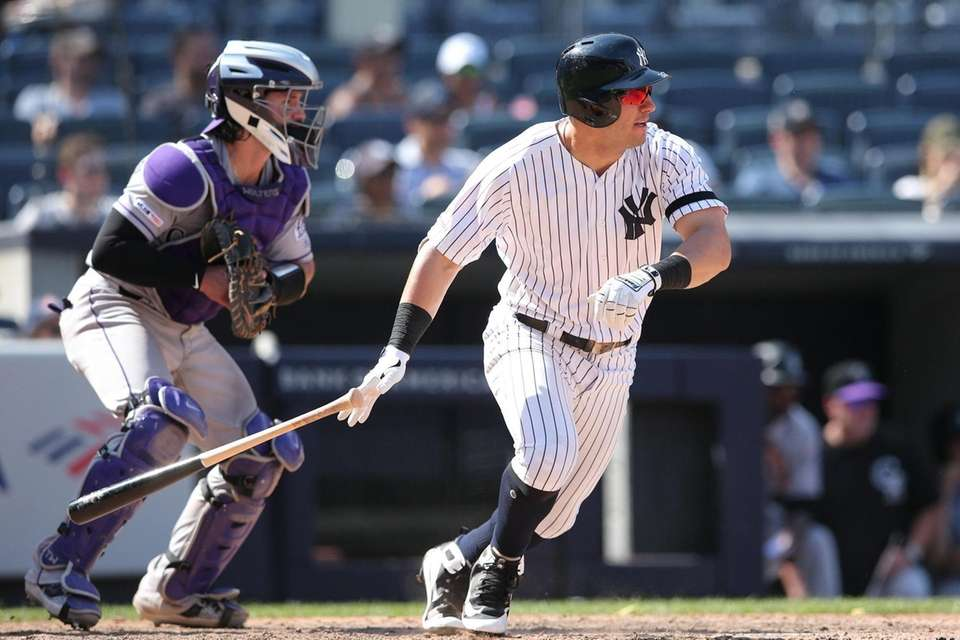 New York Yankees right fielder Mike Tauchman (39)
