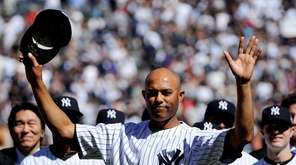 Yankees pitcher Mariano Rivera is honored in a