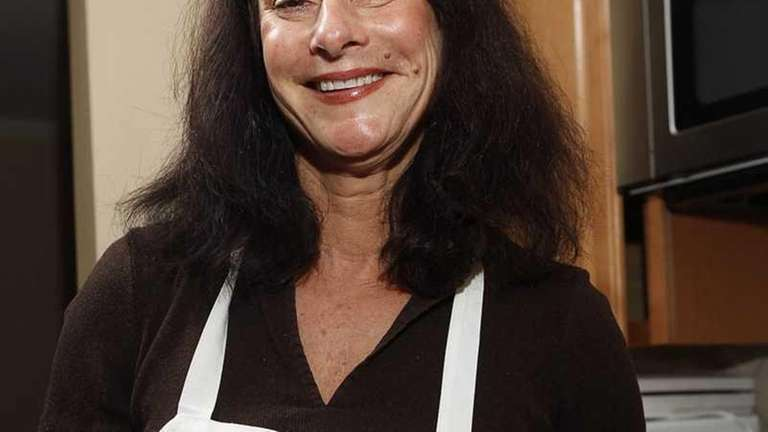 Bonnie Emmerich, the Hampton Pet chef, will be