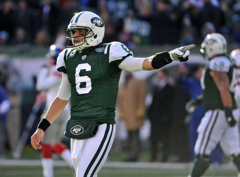 Mark Sanchez #6 of the New York Jets