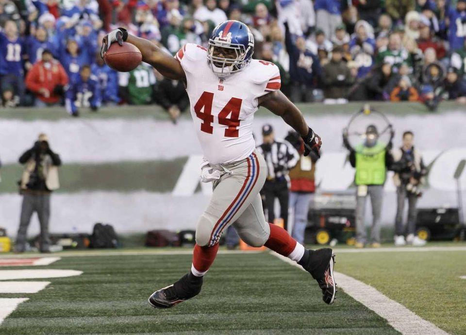 New York Giants' Ahmad Bradshaw steps in to