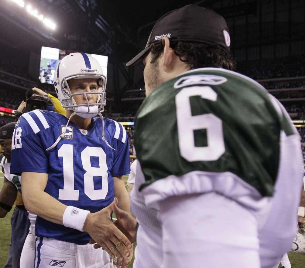 PEYTON MANNING Colts, 1998-2000 Stats: 48 games, 1,014-for-1,679,