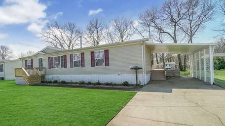Annual property taxes for this Calverton home are
