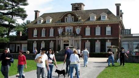 Dog day at Old Westbury Gardens. (Aug. 7,
