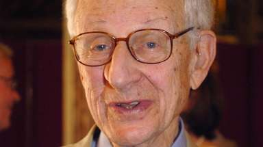 Manhattan District Attorney Robert Morgenthau receives France's highest