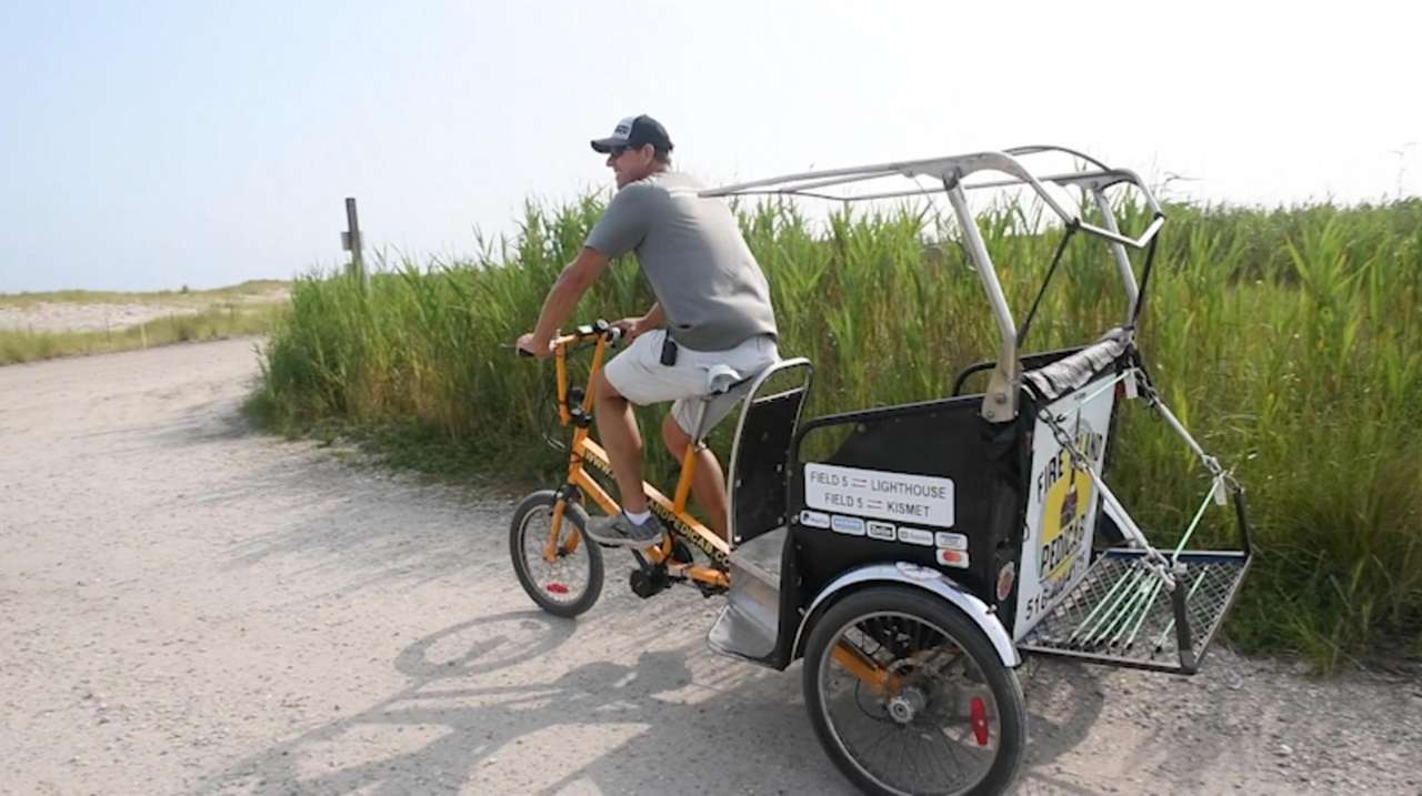 A new pedicab service takes visitors from Robert